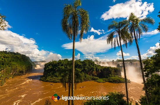 Iguazu Excursiones: Vista desde el circuito inferior del Parque Nacional Iguazú