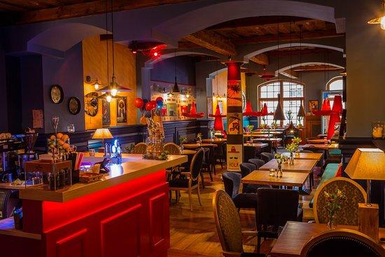 Czerwone Sombrero - Mexican Restaurant 3d2a8334be8
