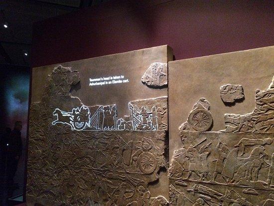 Teumman's head is taken to Ashurbanipal
