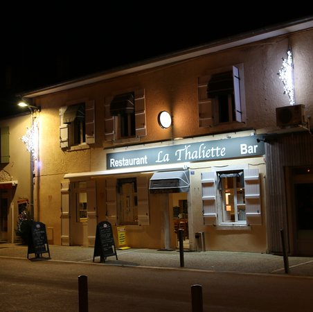 La façade du restaurant - bar