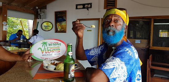 Vibes Beach Bar & Grill: Pappas Smurf love our Conch Balls as well.  You will tooooooo!