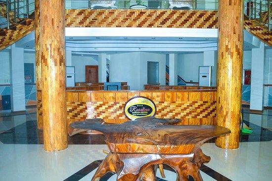 Провинция Восточный Миндоро, Филиппины: Rosalina Garden Hotel entrance