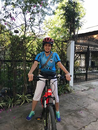 Guided Angkor Temple Bike Tour from Siem Reap Inclusive of Lunch: Ready to go. The bike is very suitable for me.