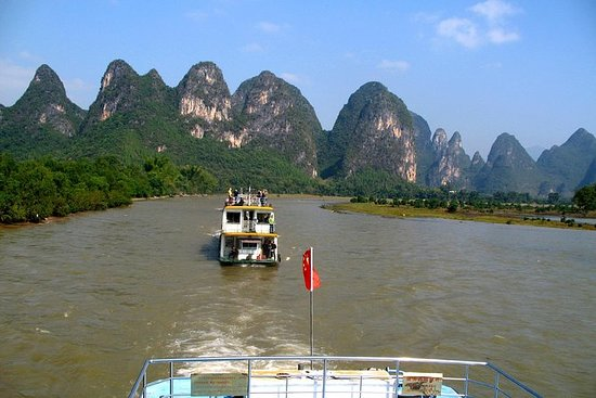 Li River Cruise and Yangshuo Group...