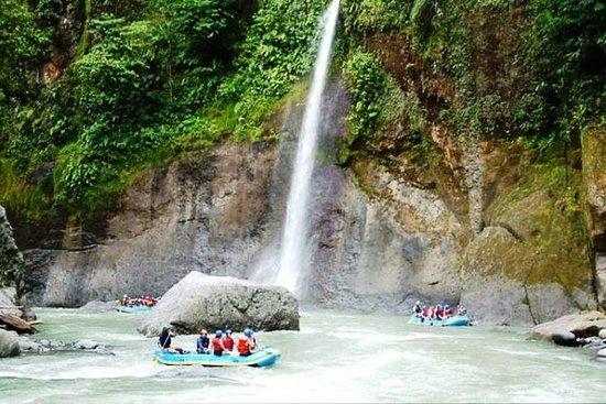 Excursion rafting en eaux vives sur...