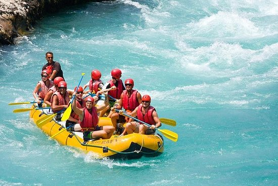 Korpulu Canyon Whitewater Rafting con