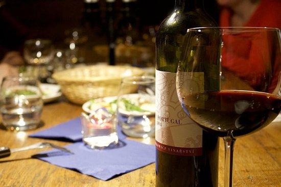 2,5-timers Praha Vinprovning...