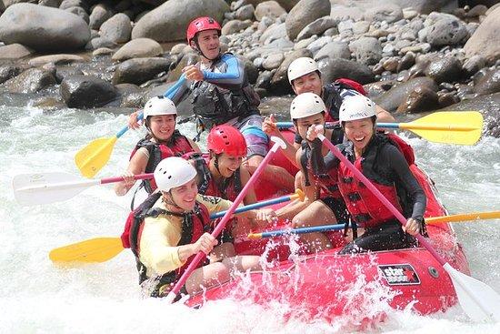 Rafting en aguas blancas de Sarapiqui...