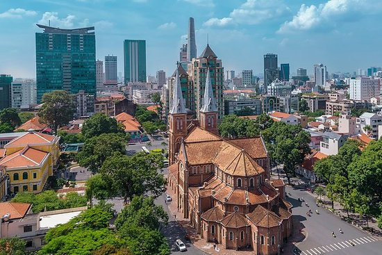 Full Day Ho Chi Minh City Private Tour: Private Full-Day Ho Chi Minh City Tour W/ A Guided Cyclo Ride
