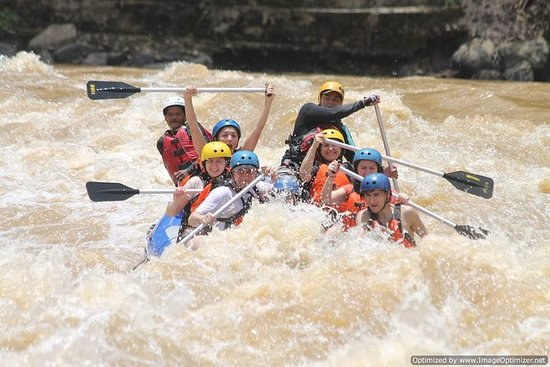 Padas White Water River Rafting da