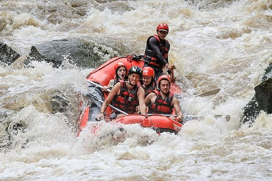 Rafting sul fiume Maetang a nord di