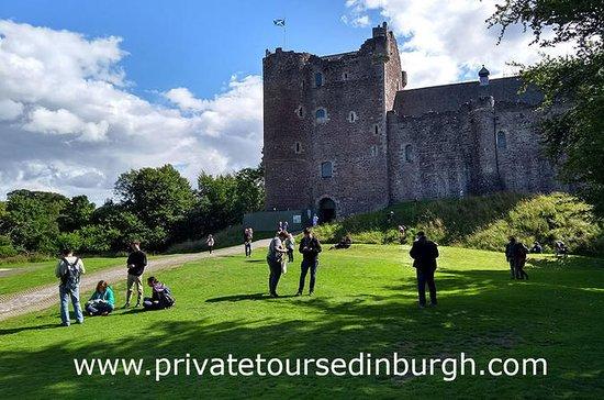 Private Half Day Tour from Edinburgh of Three Outlander Castles: Private Full-Day Tour of Three Castles in Edinburgh
