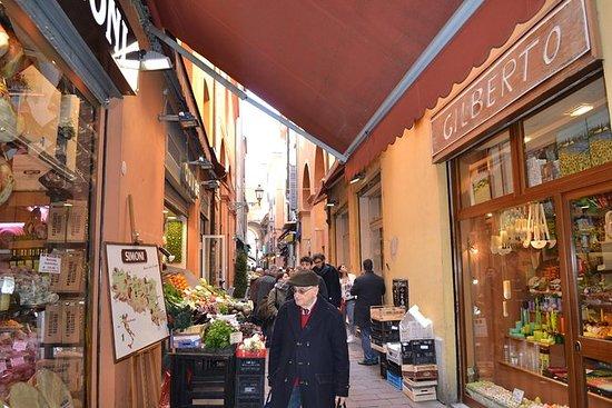 Matprovning Promenad i Bologna