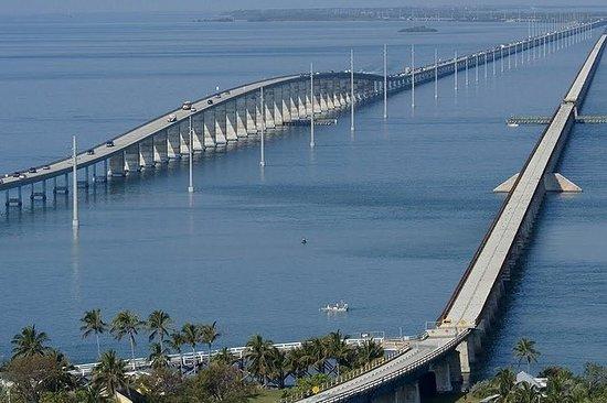 Seven Mile Bridge und Strandpicknick