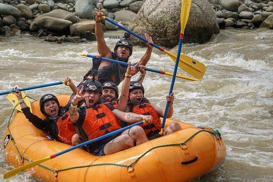Rafting en el río Naranjo desde Jacó