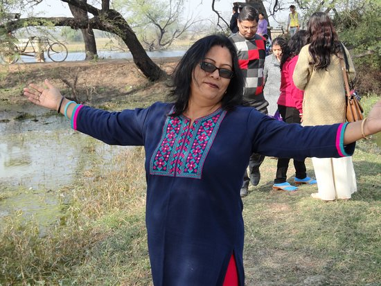 Бхаратпур, Индия: My wife at different mood at Bharatpur Bird Sanctuary