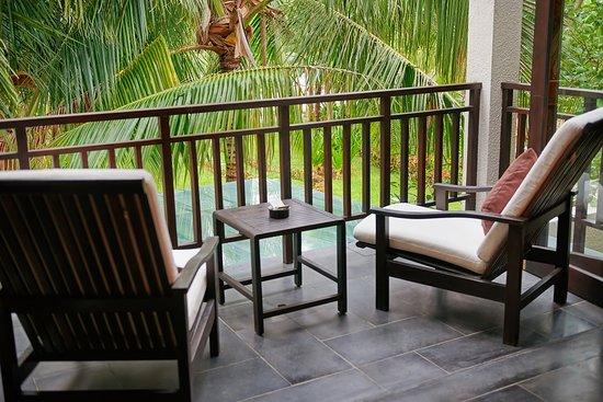 Family Room/Garden view/ Balcony