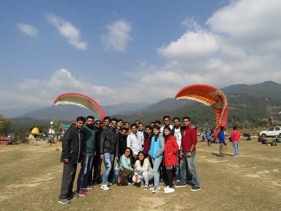 @Raiddehimalaya weekend corporate group |  December 2018 | Excotic bir billing with paragliding