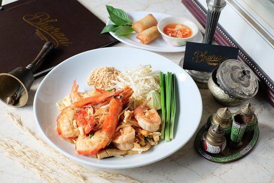 """Pad Thai"" King River Prawn Fried Noodle"