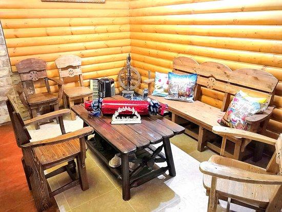 Киржач, Россия: Место для отдыха и чаепития в Агрокомплексе Дубровка получилось уютным, домашним. Совсем не хочется думать о суете, работе. Хочется закутаться в мягкий плед и релаксировать! Всегда Ваша #dubrovkaagro http://hotel-dubrovka.ru