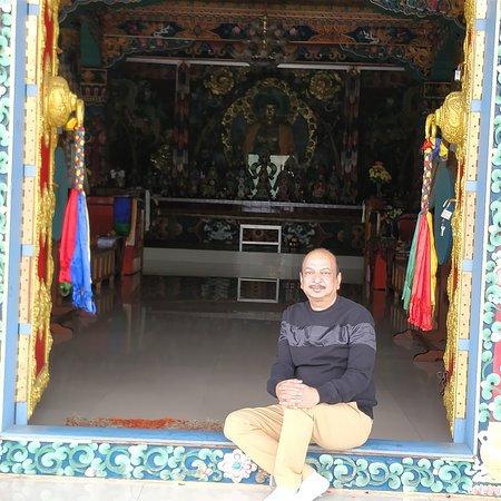 Thupsung Dhargye Ling Sang-ngag choekhor dargyeling monastery