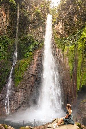 Zarcero, Κόστα Ρίκα: Catarata Del Toro Waterfall, Costa Rica