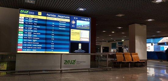 Санта-Крус, Португалия: Aeroporto Cristiano Ronaldo: l'interno