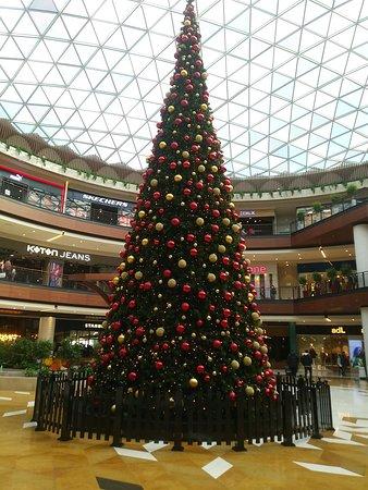 Izmir Optimum Shopping Mall: Optimum Outlet ve Eğlence Merkezi