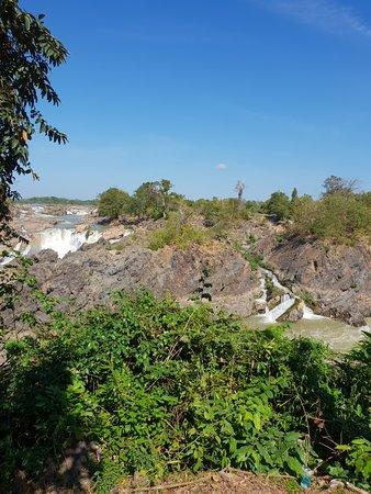 Tad Somphamit Waterfalls