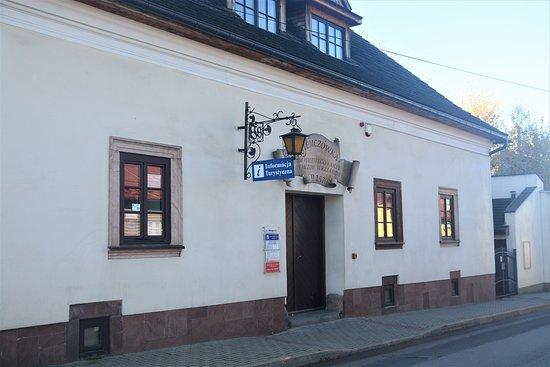 Centrum Informacji Turystycznej Niemczowka w Checinach