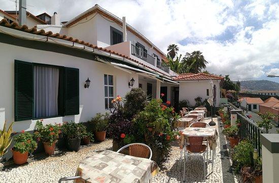 terrace sun beds