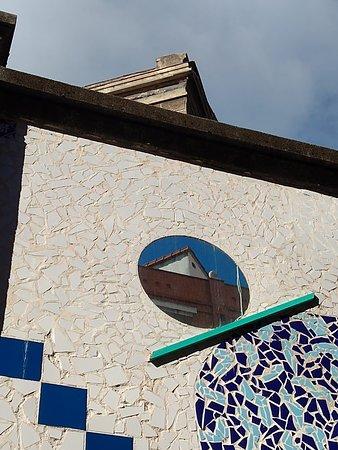 Passeio a pé pela Art Street Madrid: Mural en mosaïque