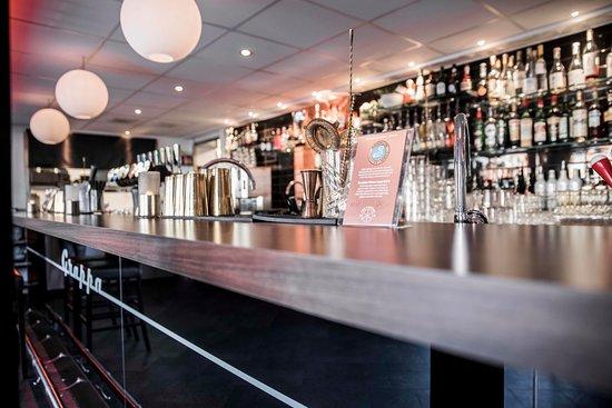 Nya baren på Grappa. Mer än dubbelt så lång som den tidigare.