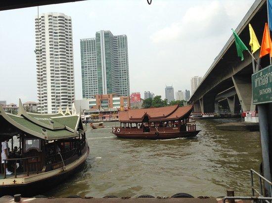 แม่น้ำเจ้าพระยา: GITA SUL FIUME CHAO PHRAYA A BANGKOK- PASQUA 2016-