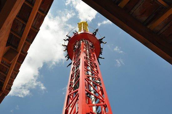 La Flash Tower