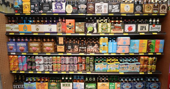 Piggly Wiggly Apalachicola: Piggly Wiggly in Apalachicola offers a huge selection of wine and craft beer!