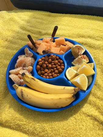 Mi Casa Viajes - Private Day Trips: fruit plate