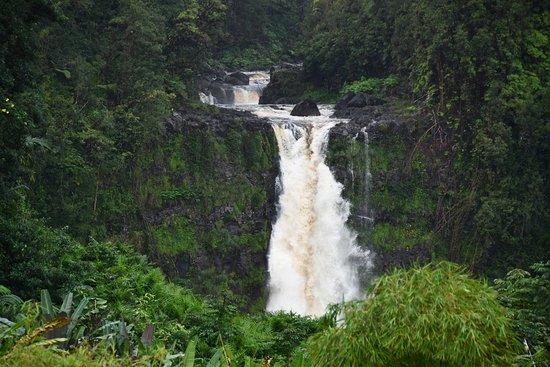 Big Island in a Day: Volcanoes, Waterfalls, Sightseeing, History: Rainbow Falls