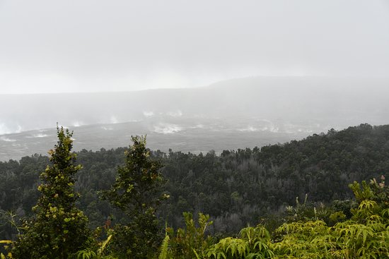 Big Island in a Day: Volcanoes, Waterfalls, Sightseeing, History: Crater steaming of Kīlauea