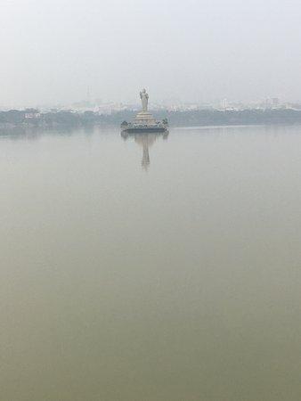 Hussain Sagar Lake: HSK 4