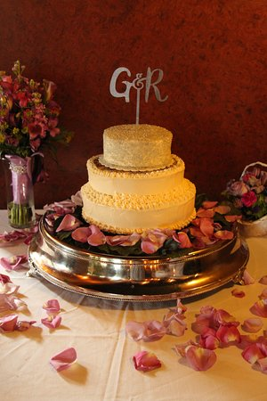 another special wedding cake - lavender flavored