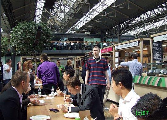 Old Spitalfields Market: The atmosphere