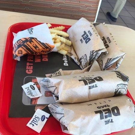 Del Taco: Tacos and fries