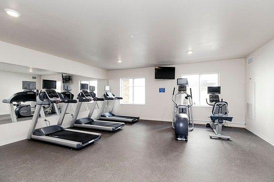 WaterWalk Denver Tech Center: Fitness Center