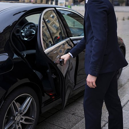 Book with us and then just sit back and relax while our experienced driver gets you to your destination. 😎🚖   🌎 www.bevtc.fr ✉️ contact@bevtc.fr 📞 +33 (0)6 65 64 92 94  [COMMENT]#vtc #chauffeurprive #privatedriver #uber #chauffeur #taxi #transfert #airport #chauffeurprivé #chauffeurservice #jacobindustry #vehiculedetourisme #location #alpesmaritimes #nicecotedazur #cannes #nice #blackcar #professional #bevtc