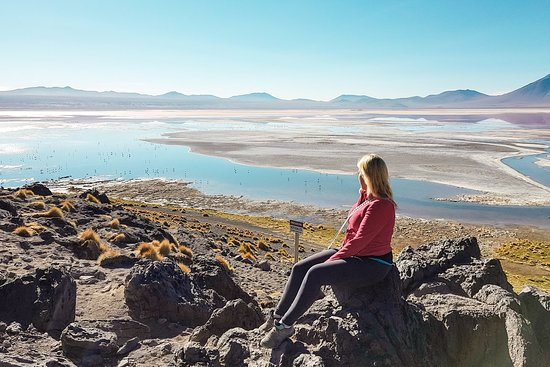 If you go to the Bolivian altiplano, take the four day tour from Tupiza and not the one from Uyuni! You will be at the sight at other times!