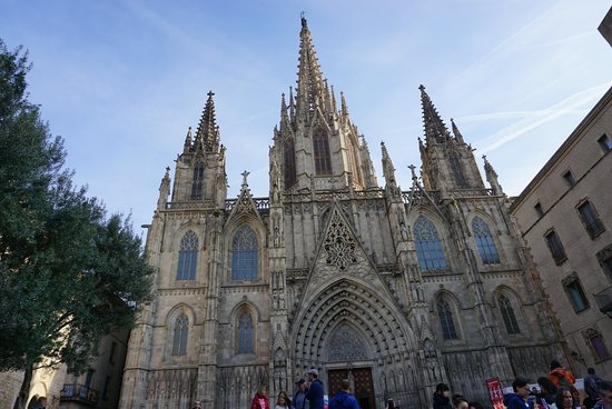 Über den Dächern von Barcelona