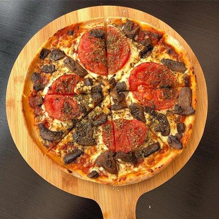 Granizo's: Pizza ChampiMato