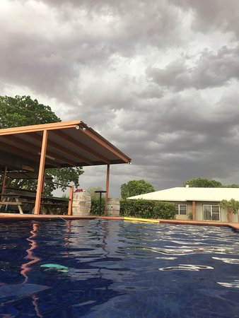 View from the Gidgee Inn Pool while i storm rolled in.
