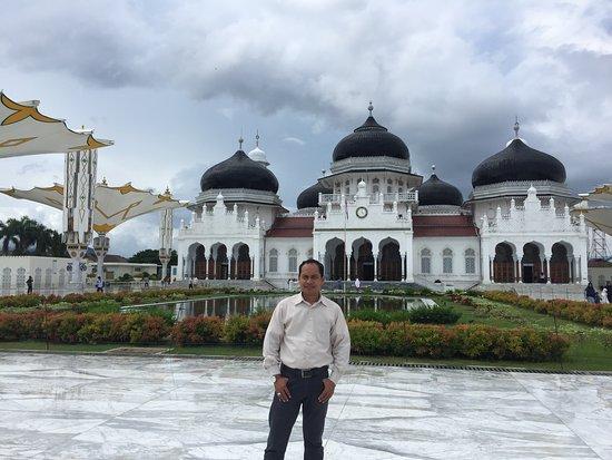 The Grand Mosque In Banda Aceh Picture Of Baiturrahman Grand Mosque Banda Aceh Tripadvisor